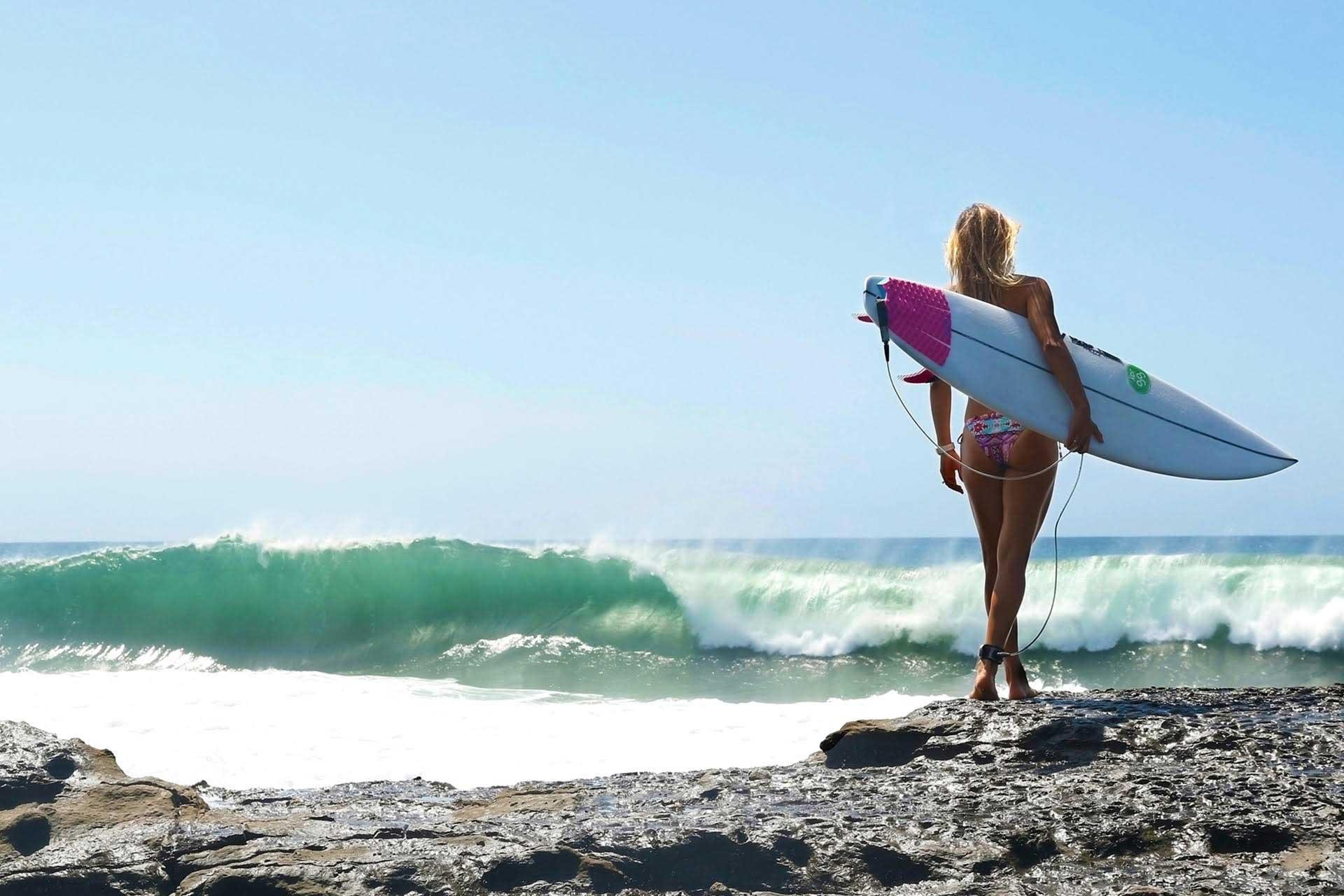 Female surfers sex gangbang latex massage